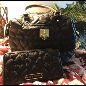 SET: Betsey Johnson Handbag 👜/ Wallet👛